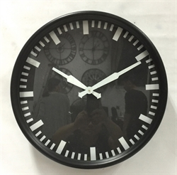 Picture of Black and White Round Clock     CL70006